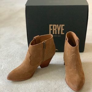 NEW Frye Reina Suede Ankle Bootie, 7.5
